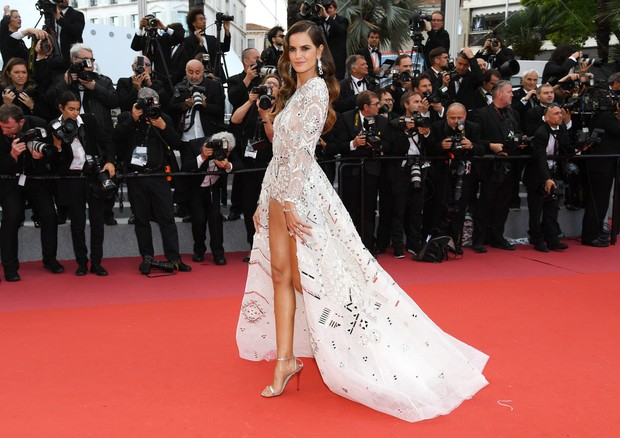 "CANNES, FRANCE - MAY 13:  Izabel Goulart attends the screening of ""Sink Or Swim (Le Grand Bain)"" during the 71st annual Cannes Film Festival at Palais des Festivals on May 13, 2018 in Cannes, France.  (Photo by Pascal Le Segretain/Getty Images) (Foto: Getty Images)"