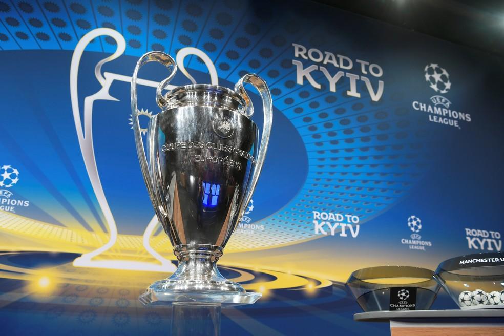 Taça da Liga dos Campeões é destaque no sorteio das oitavas de final (Foto: Fabrice Coffrini / AFP)