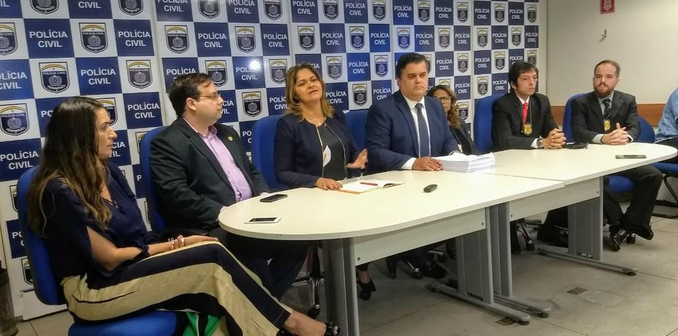 Detalhes da morte do médico Denirson Paes foram apresentados nesta sexta-feira (31), no Recife (Foto: Polícia Civil/Divulgação)