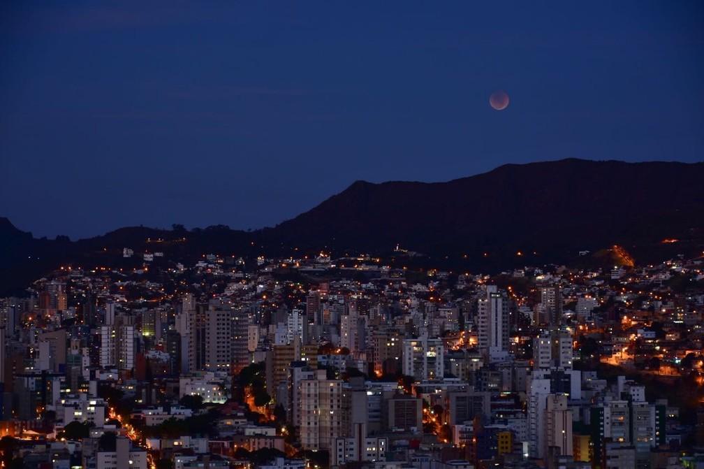 Eclipse da Lua em Belo Horizonte (Foto: Antonio Salaverry/Arquivo Pessoal)