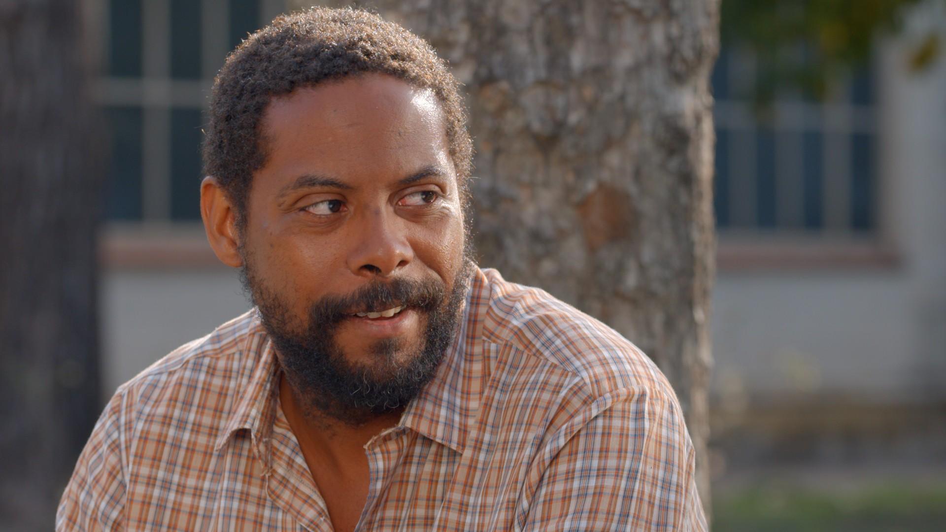Andre Ramiro como Ramon em As Ineses (Foto: Divulgação)