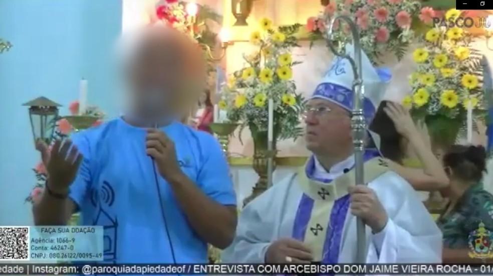 Arcebispo Dom Jaime Vieira Lima se recusou a dar entrevista para repórter de paróquia — Foto: Reprodução