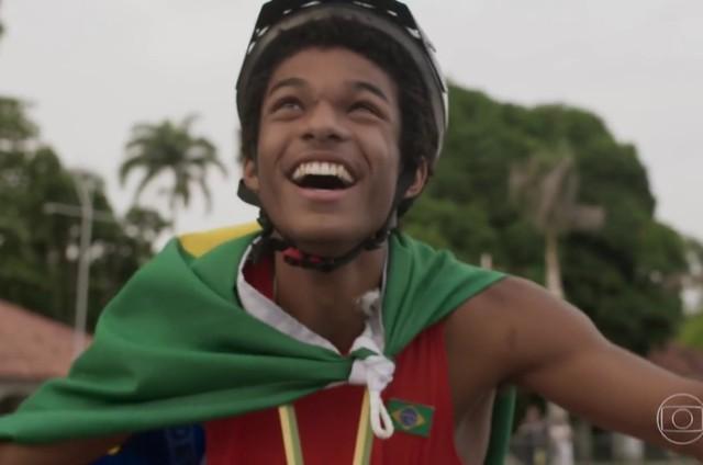 Juan Paiva, o Wesley de 'Totalmente demais' (Foto: Reprodução)