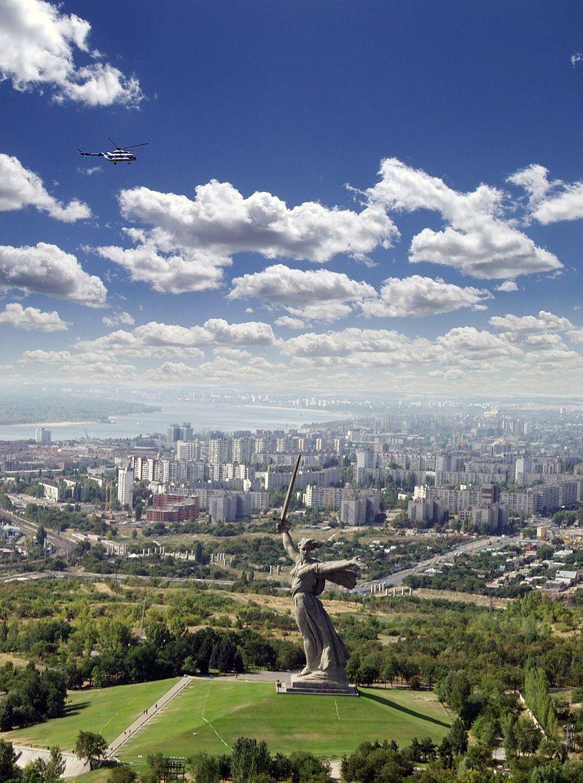O monumento da Mãe-Pátria em Volgogrado (Foto: Wikimedia Commons)