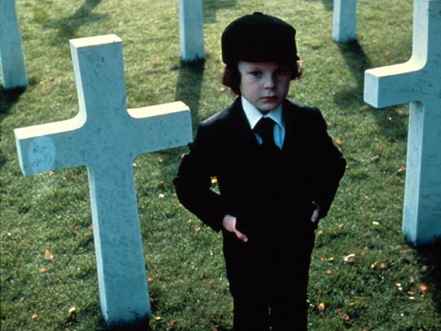 Inocência? Damien é o filho do demônio em A Profecia (Foto: Divulgação)