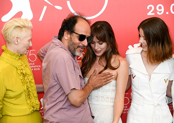 Luca Guadagnino e Dakota Johnson (Foto: Getty Images)