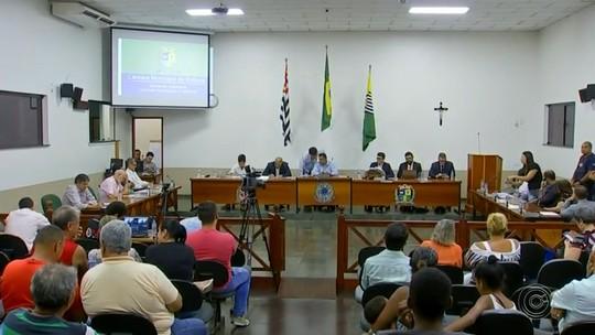 Vereadores votam relatório final da CP que investigou prefeito de Boituva por irregularidades na coleta de lixo