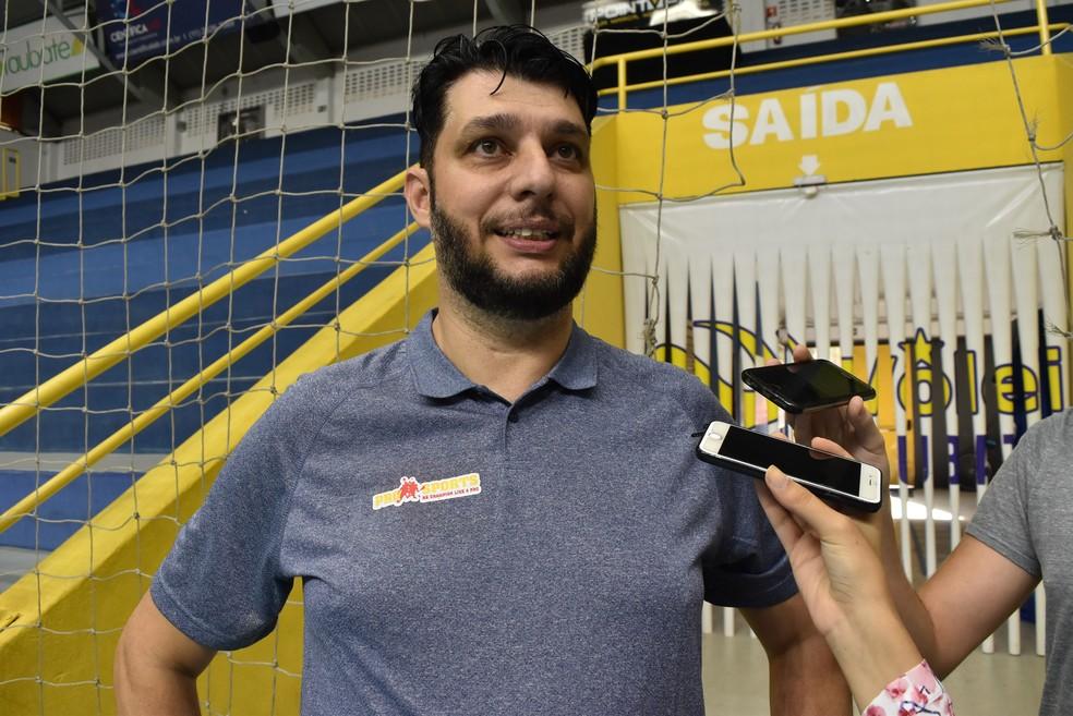 Alessandro Lima, organizador do Camp em Taubaté — Foto: Filipe Rodrigues/GloboEsporte.com