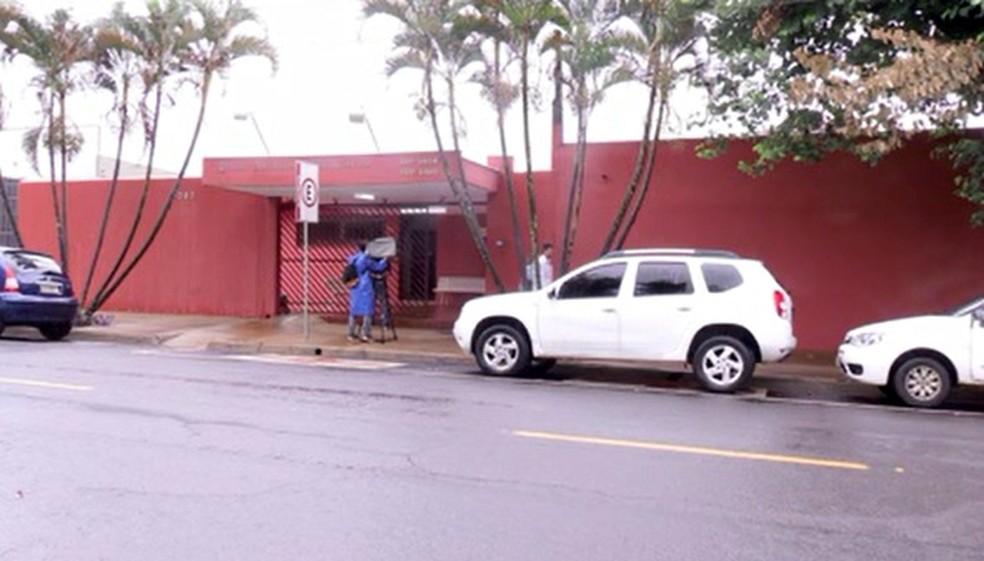 Funcionários de clínicas psiquiátricas foram denunciados pelo MP — Foto: Reprodução/RPC