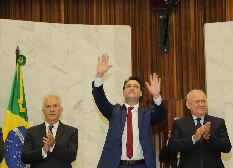 Ratinho Junior tomou posse do governo do Paraná na manhã desta terça-feira (1º) — Foto: Giuliano Gomes/PR Press