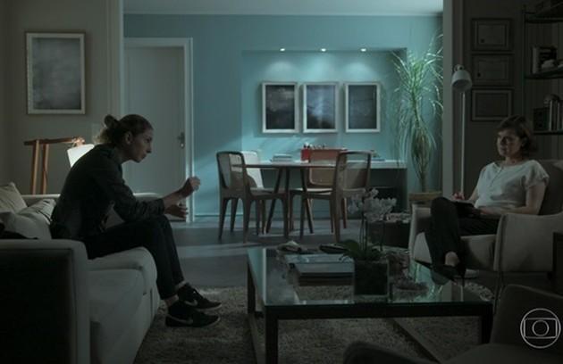 Para Carol Duarte, uma das cenas mais marcantes é a de Ivana/Ivan conseguindo assumir que é um homem trans: 'Passei os capítulos anteriores pensando em como o Ivan ia dizer aquelas palavras' (Foto: Reprodução)