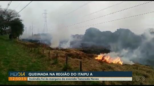 Telespectador registra incêndio ambiental no bairro Itaipu A