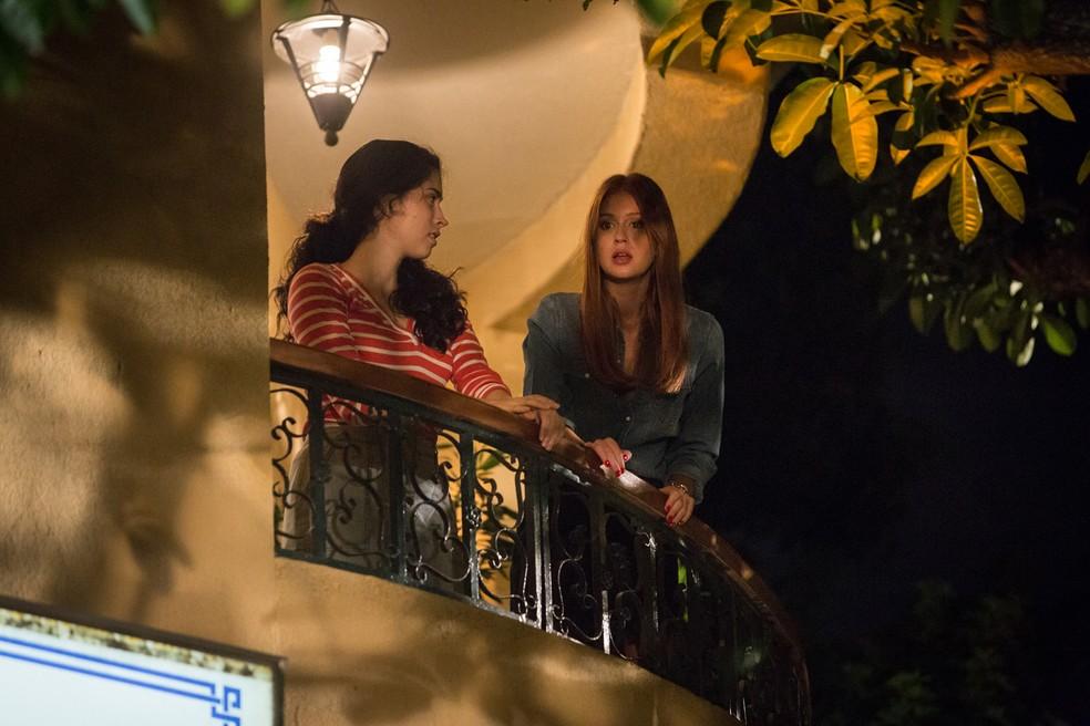 Eliza (Marina Ruy Barbosa) se surpreende com declaração de Arthur (Fábio Assunção) — Foto: Fabiano Battaglin / Gshow