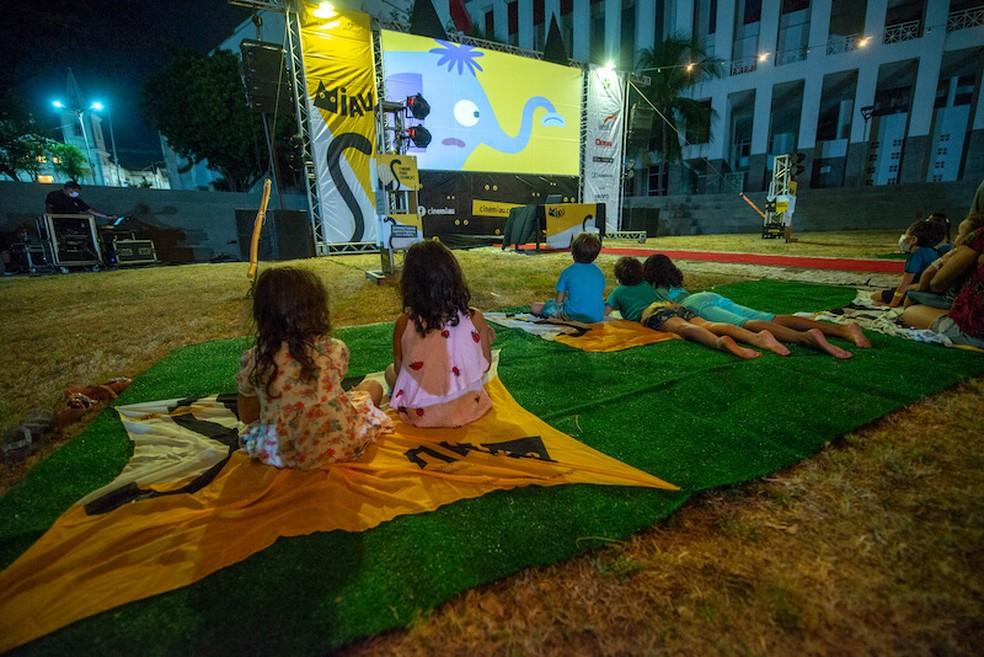 Serão distribuídos 400 ingressos par participação no Cine Miau realiza na Praça Verde do Centro Dragão do Mar. — Foto: Cine Miau/ Divulgação