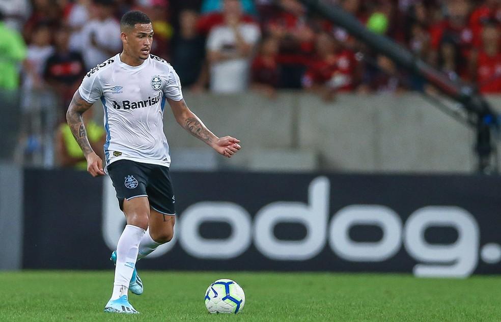 Novo atacante do Grêmio, Luciano levou 14 cartões com a camisa do Fluminense neste ano — Foto: Lucas Uebel/Divulgação Grêmio