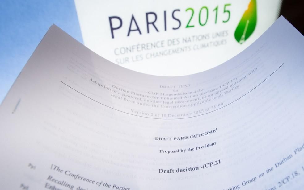 Rascunho do Acordo de Paris, firmado em 2015 — Foto: Benoit Doppagne/Belga/AFP