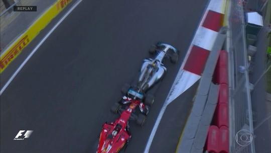 """Villeneuve defende Vettel em incidente com Hamilton: """"Eu faria o mesmo"""""""