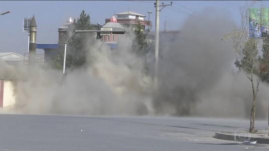 Homens armados atacam canal de TV em Cabul