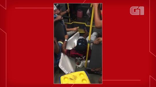 Diretor de transporte e servidores fazem farra em ônibus escolar; veja vídeo