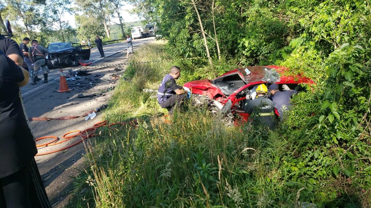 Acidente envolvendo quatro veículos na ERS-122 deixa uma pessoa morta em Caxias do Sul - Noticias