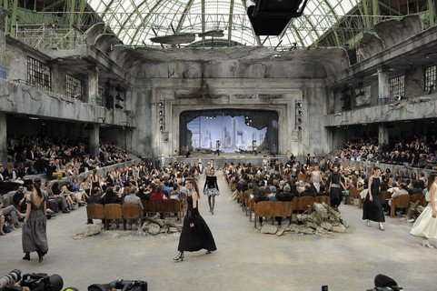 Chanel alta-costura, inverno 2014: apocalipse fashion