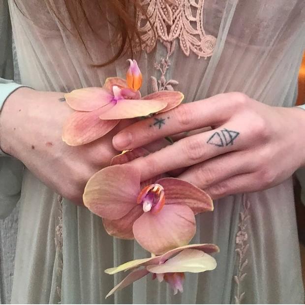Detalhe rendado do vestido Gucci (Foto: Reprodução/Instagram)