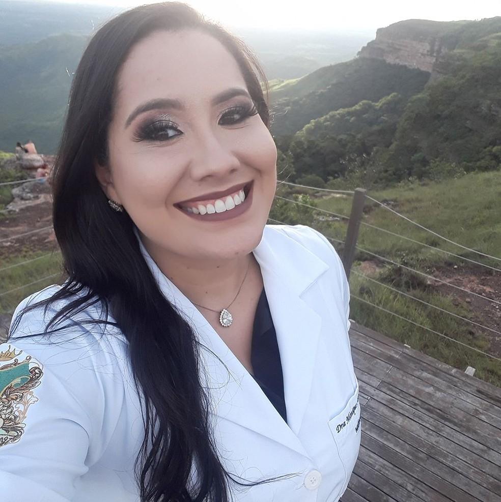 Médica de 29 anos morre com Covid-19 após um mês internada em ...