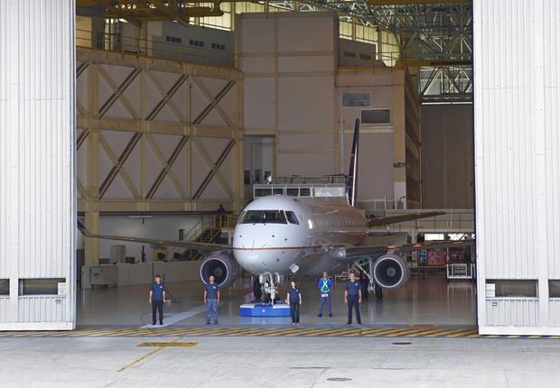 Jato E175 - Embraer (Foto: Divulgação)