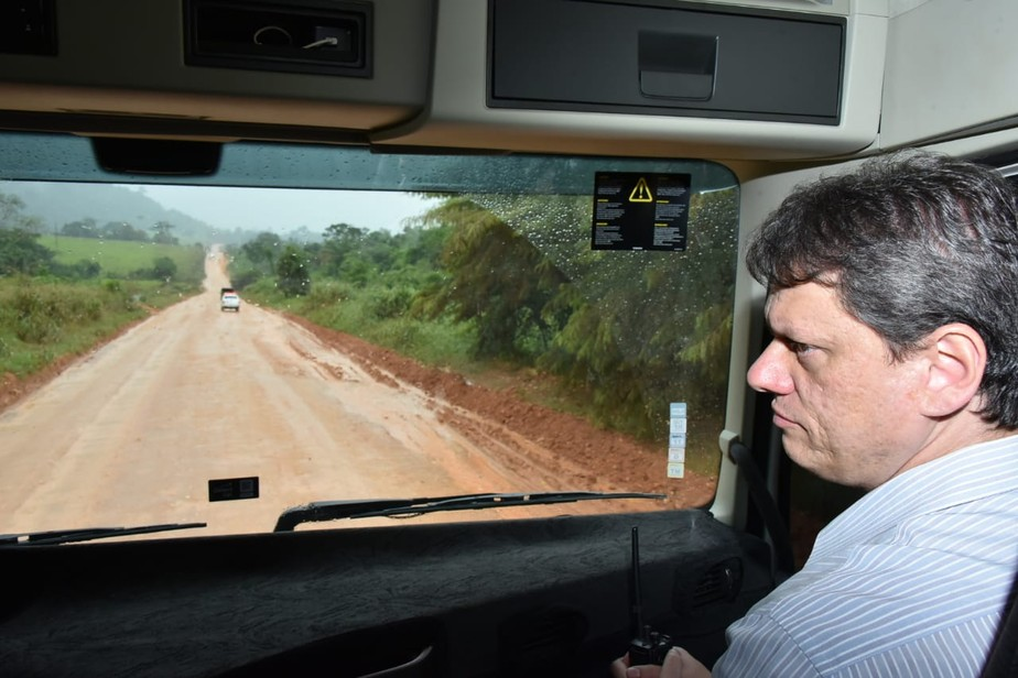 Pavimentação da BR-163 até Santarém e Miritituba deve ser concluída em 2019, diz ministro da Infraestrutura