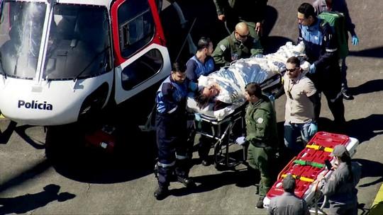 Resultado de imagem para Bolsonaro teve grave perfuração no intestino grosso e fez colostomia; entenda