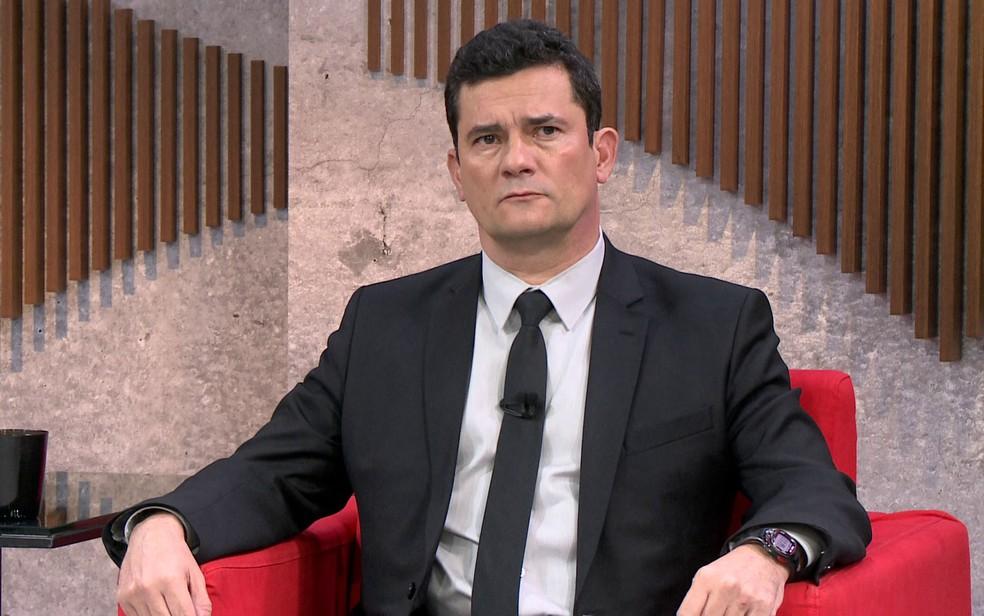 Sérgio Moro concede entrevista à GloboNews — Foto: Reprodução / GloboNews