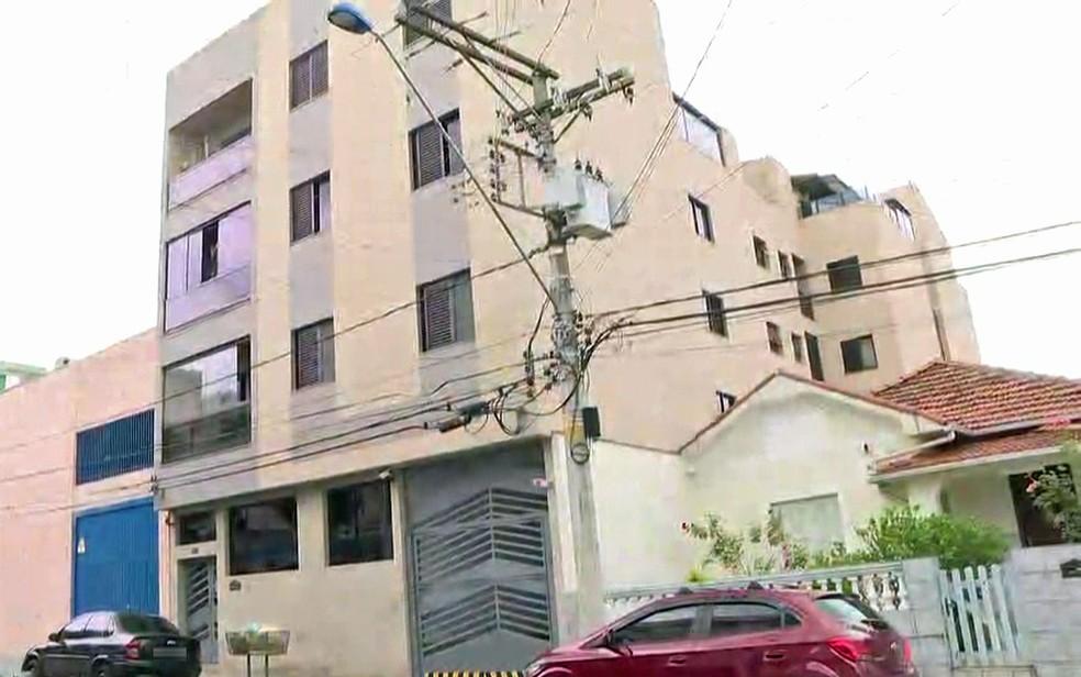 Crime aconteceu no apartamento onde o casal vivia, no segundo andar deste prédio em São Caetano do Sul â?? Foto: Alexandre Calado/GloboNews