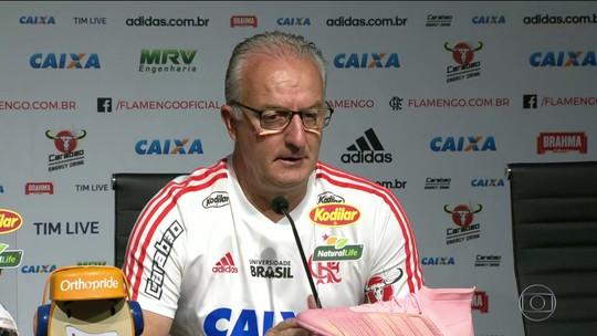 Dorival Júnior não faz mistério com substitutos, mas Diego ainda é dúvida no Flamengo