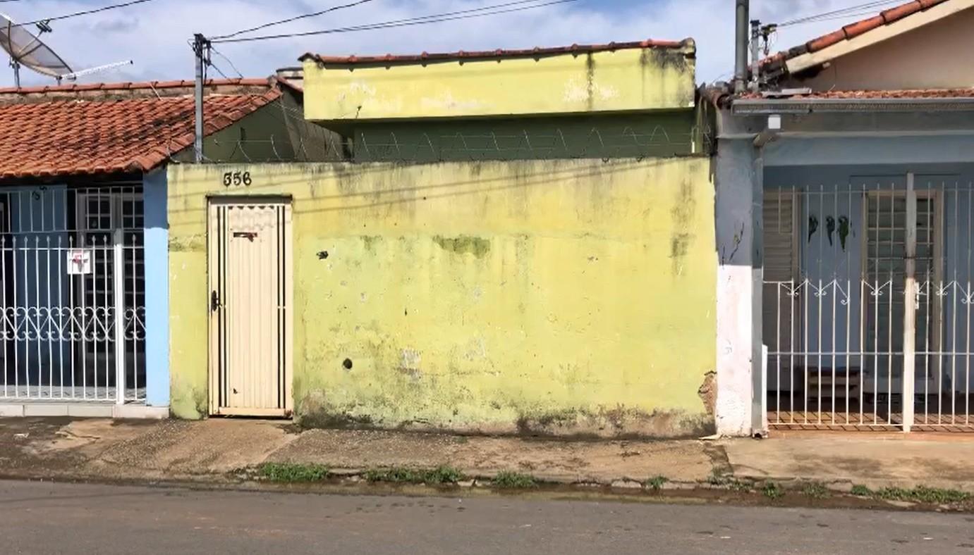 Homem mata esposa e filha a facadas em Pouso Alegre, MG