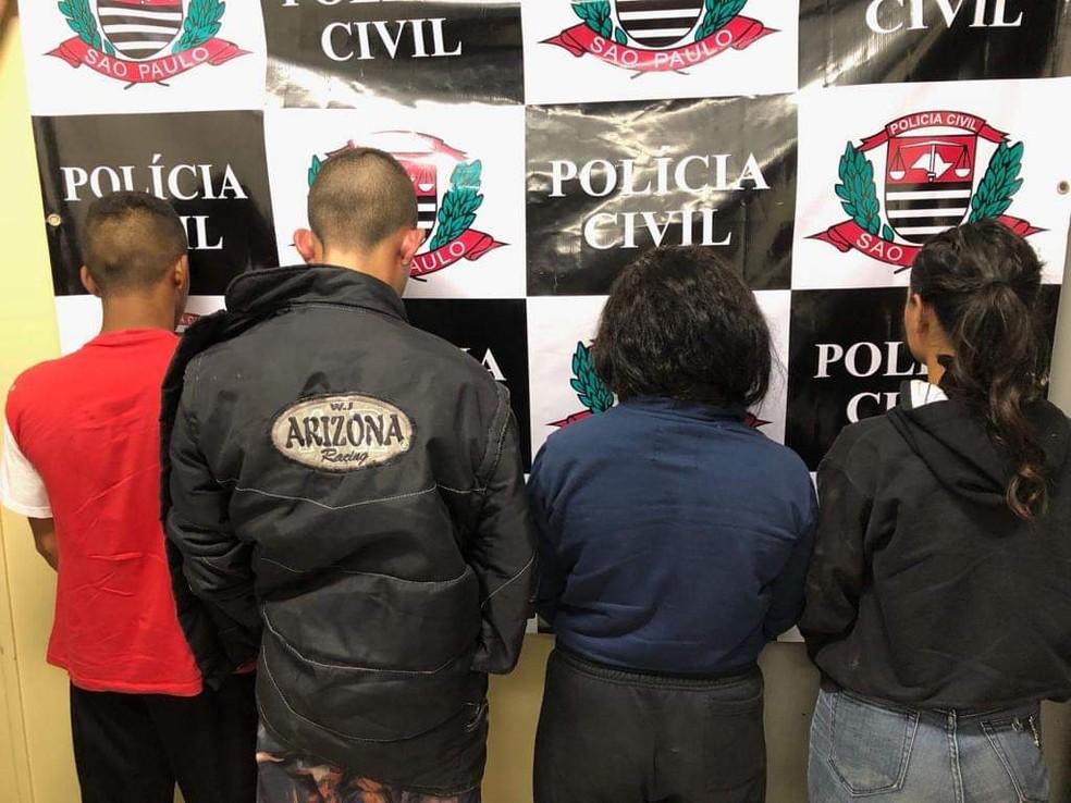 Quatro são presos em Caçapava suspeitos de envolvimento na morte de irmãos de MG — Foto: Polícia Civil/Divulgação