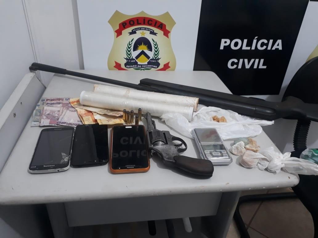 Casal é preso pela Polícia Civil suspeito de tráfico de drogas - Notícias - Plantão Diário