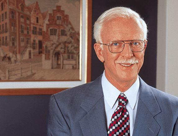 Richard Hugh Fisk, fundador das escolas de idiomas Fisk (Foto: Reprodução/Facebook)