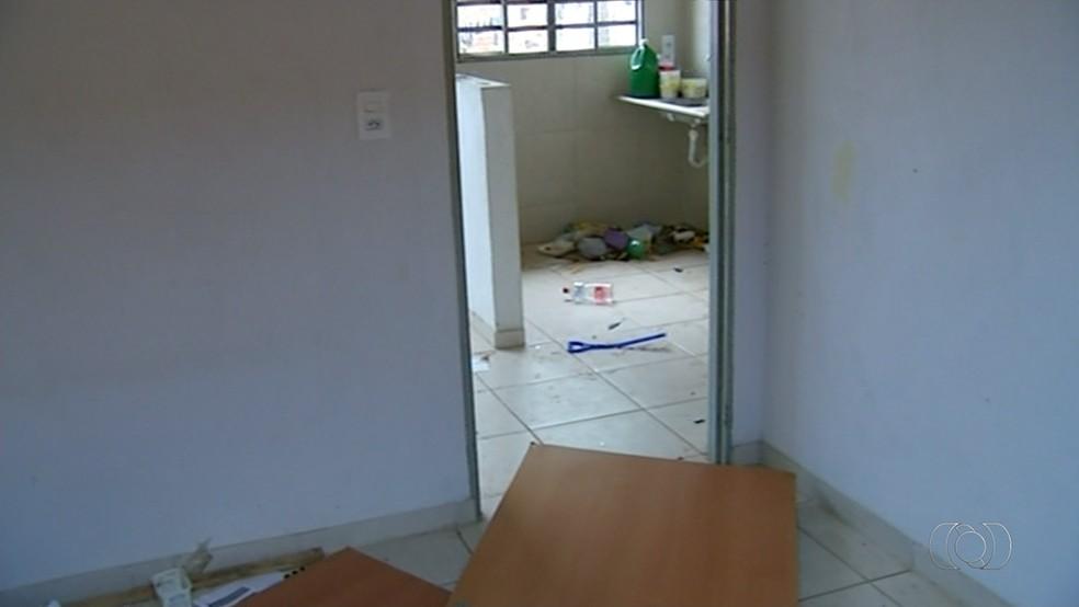 Imóveis do Minha Casa Minha Vida estão vazios em Araguaína (Foto: Reprodução/TV Anhanguera)