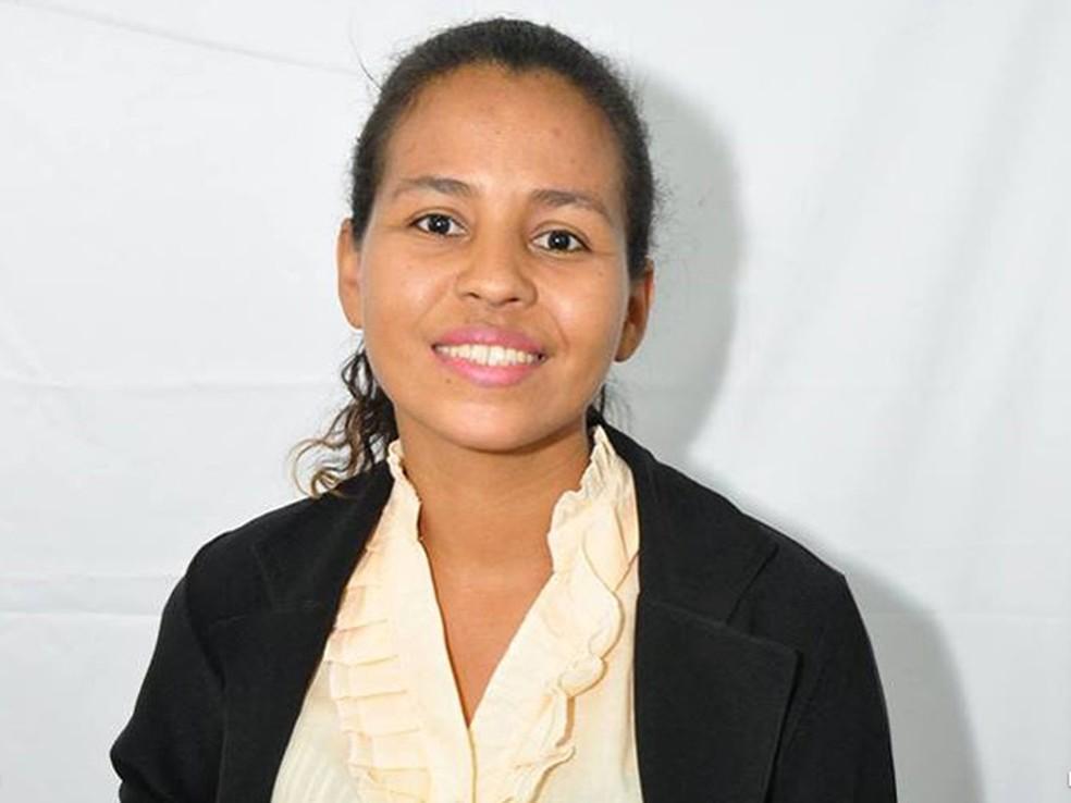 Dineia Batista Rosa: universitária foi estrangulada e morta pelo ex — Foto: Divulgação