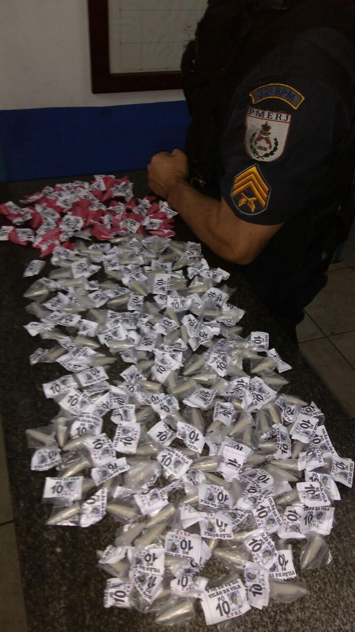 Jovem é detida com drogas em Conceição de Macabu, no RJ