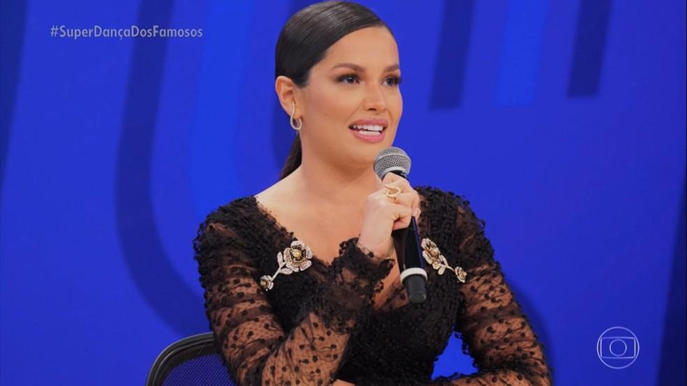 Juliette se emociona ao reencontrar com Tiago Leifert no 'Super Dança dos Famosos' — Foto: Globo