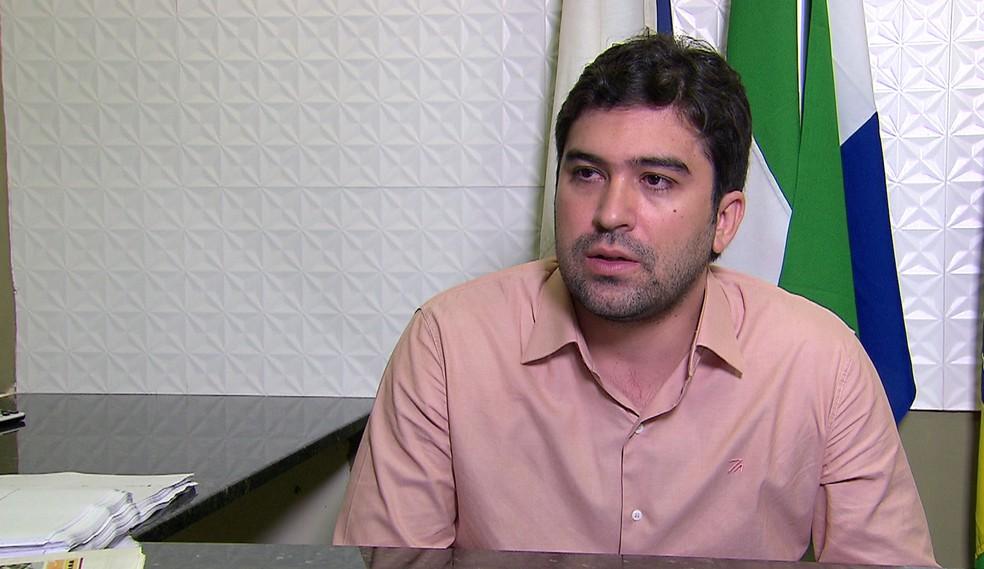 Prefeito de São Lourenço da Mata, Bruno Pereira (PTB), estava afastado do cargo desde setembro de 2017 (Foto: Reprodução/TV Globo)