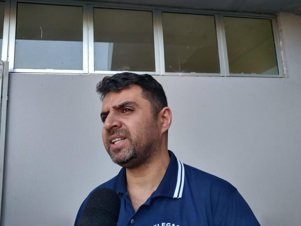 Delegado Danúbio revelou detalhes do depoimento do adolescente — Foto: Rafaela Leal/G1 PI
