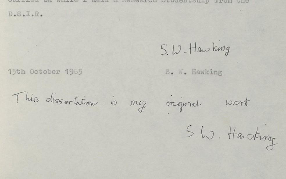 Documento tem várias anotações manuscritas feitas por Hawking | Imagem: Universidade de Cambridge (Foto: Universidade de Cambridge)