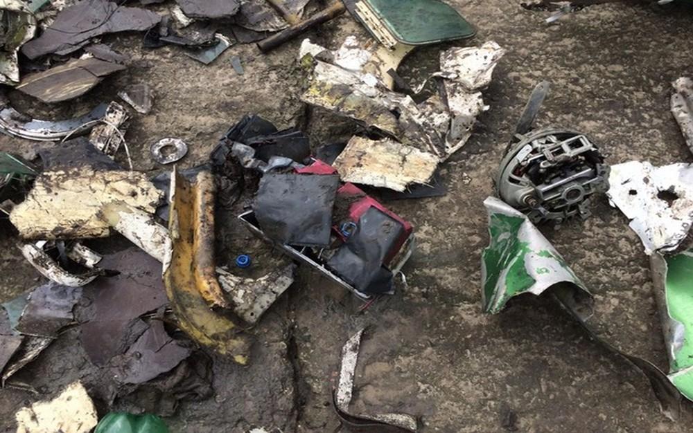 destrocos-da-aeronave-recolhidos-por-tecnicos-da-adema Mistério: revólver é encontrado em novos destroços do avião que matou Gabriel Diniz