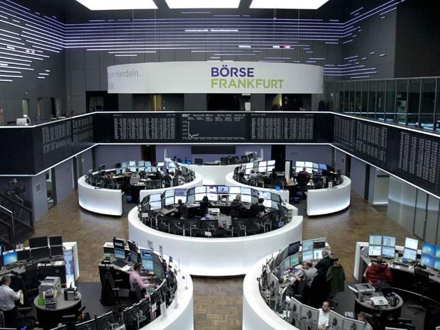 Bolsas europeias têm maior alta desde junho, impulsionadas por bancos
