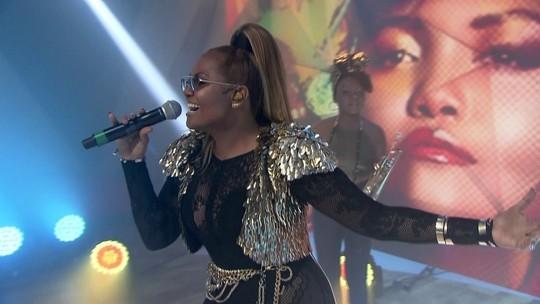 Gaby Amarantos apresenta sua nova música, 'Sou + Eu'