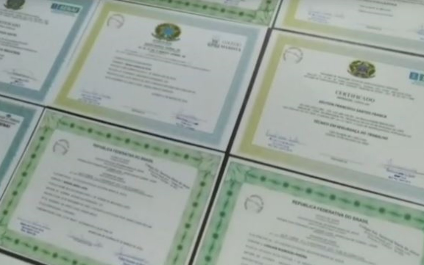 Dupla é presa suspeita de falsificar e vender diplomas universitários em Itaberaí