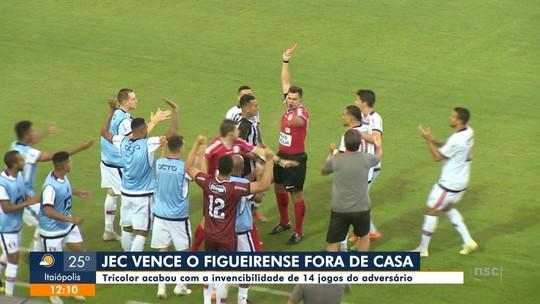 """Alemão Teixeira se desculpa por expulsão contra o JEC: """"Tenho ciência que prejudiquei"""""""