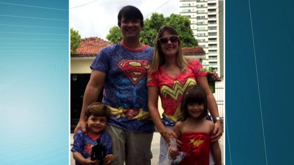 Casal estava com os dois filhos e a babá no veículo que foi atingido; Maria Emília Guimarães [foto] morreu no local do acidente, na Zona Norte do Recife (Foto: Reprodução/TV Globo)